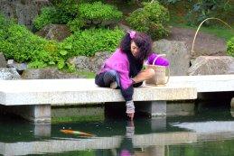 Woman's reflex